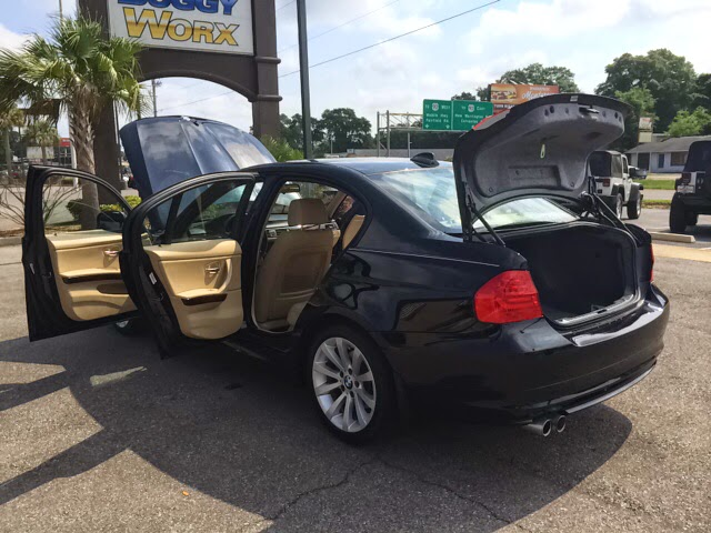 Click to see our 2009 BMW 328i!