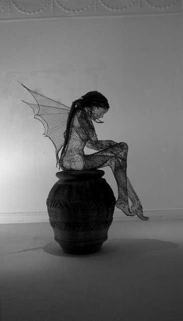 Derek Kinzett esculturas feitas de arames Fada dos lenhadores