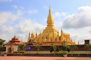 Stupa di Pha That Luang di Vientiane