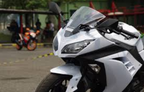 Kawasaki Ninja 250 Fi Vs Honda Cbr 250