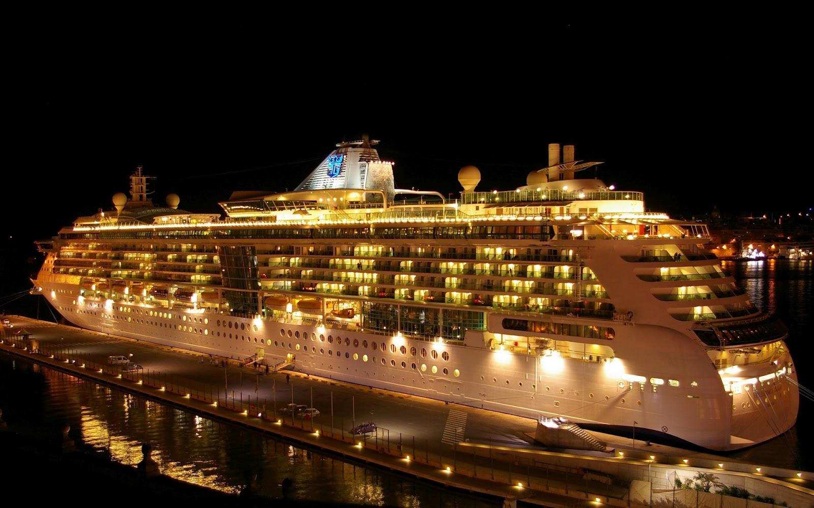 http://3.bp.blogspot.com/-UP-nhr6aDtc/T24rhOWexeI/AAAAAAAAAKU/jPaSSOFOUf0/s1600/cruise+ship11.jpg
