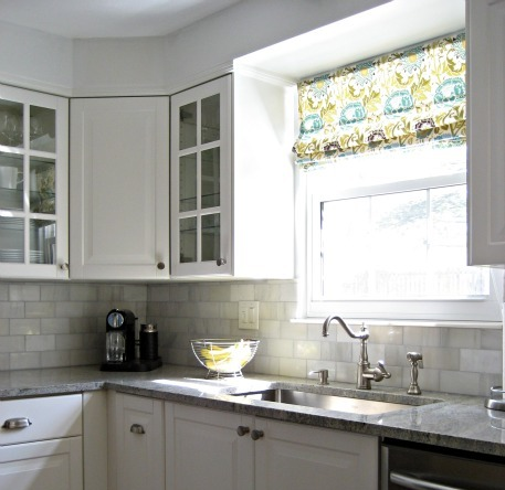 Decorating cents kitchen window treatment options for Best window treatments for kitchens