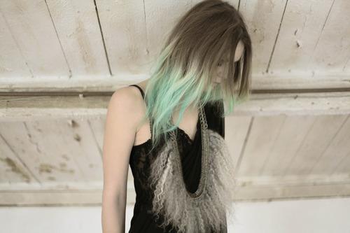 shoes & coffee dip dye hair