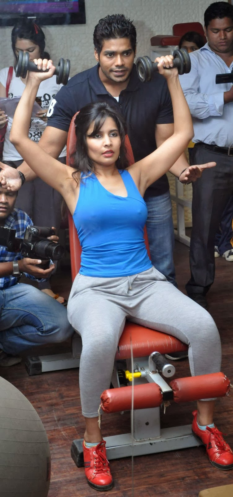 Rashaana Shah In Hot And Sey Actress Shoot