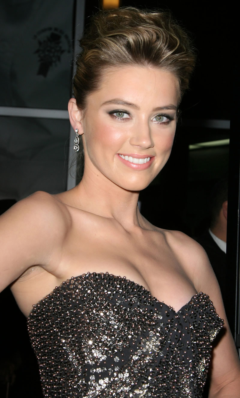Latest Celebrity Photos: Amber Heard