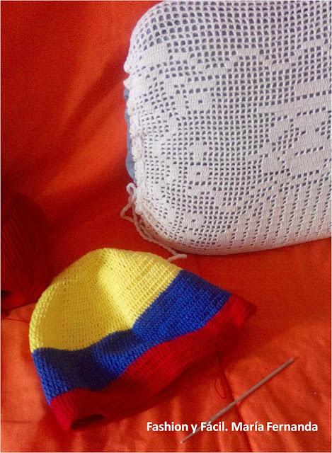 Fashion y Fácil : Gorro con bandera tejido y estrellas a crochet ...