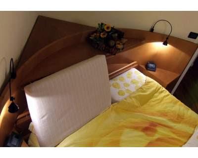 diseño de cama esquinera