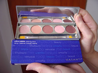 Vasanti Manhattan Eye Colour Palette.jpeg