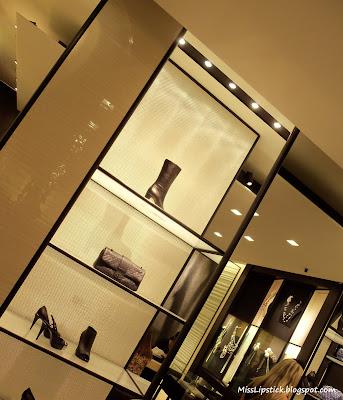 Misslipstick les jeans de chanel alla vfno 2011 review for Chanel milano boutique