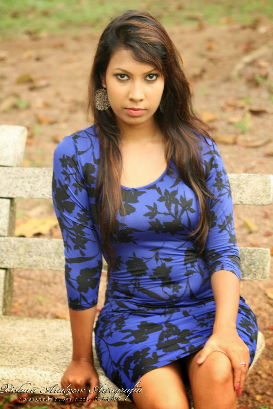 Jayani Alahapperuma blue mini dress