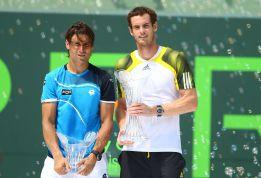 TENIS-Ferrer se hunde en el final y Serena anda haciendo historia