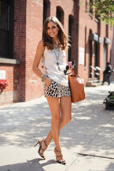 gorgeous-outfit-studded-valentino-shorts