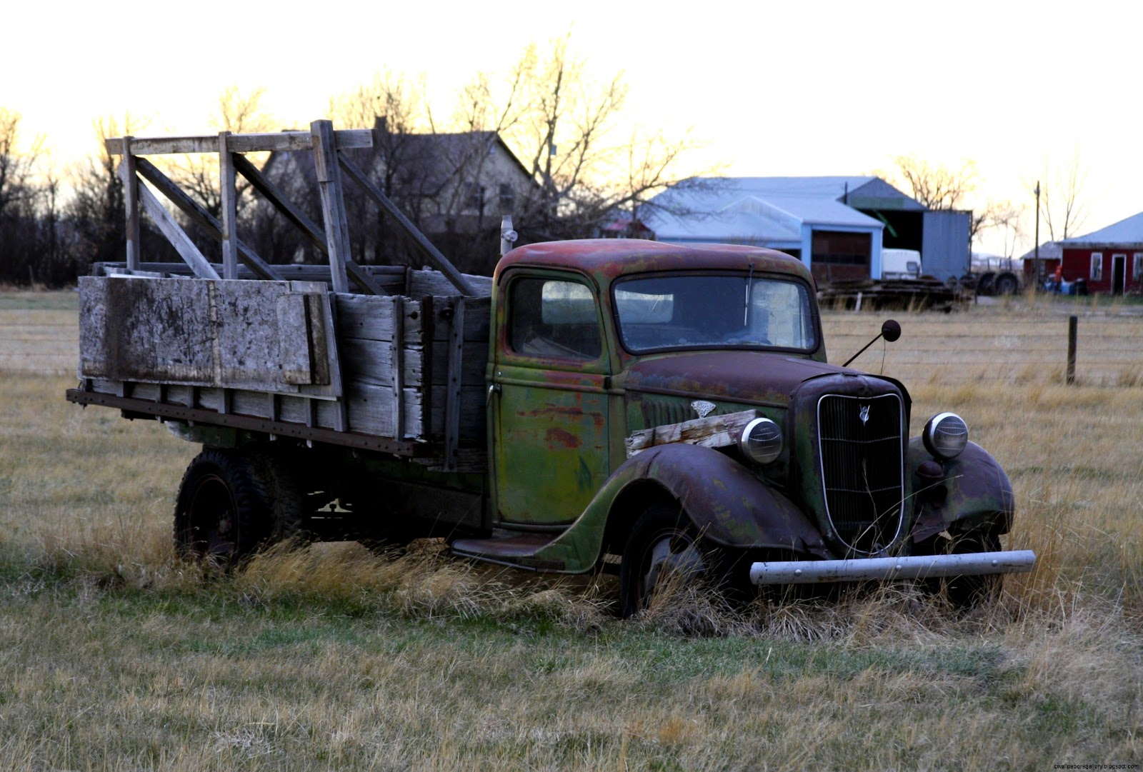 Description Rusty Old Ford Truck 3491076255