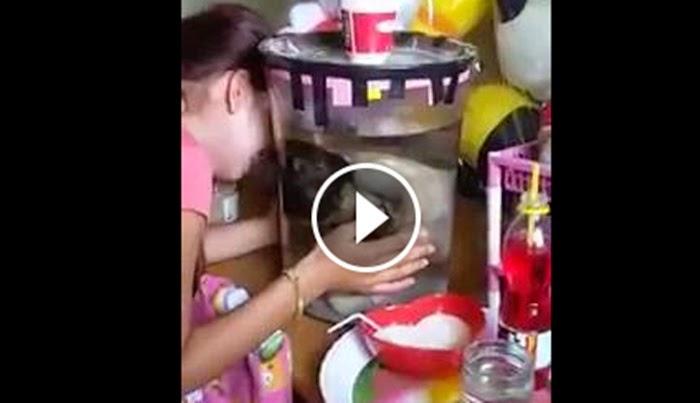 Video Yang Mengerikan Ibu Awekan Mayat Anak Dalam Balang