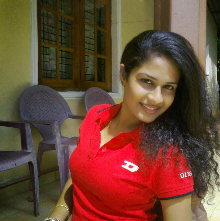 Maheshi Madusanka Hot