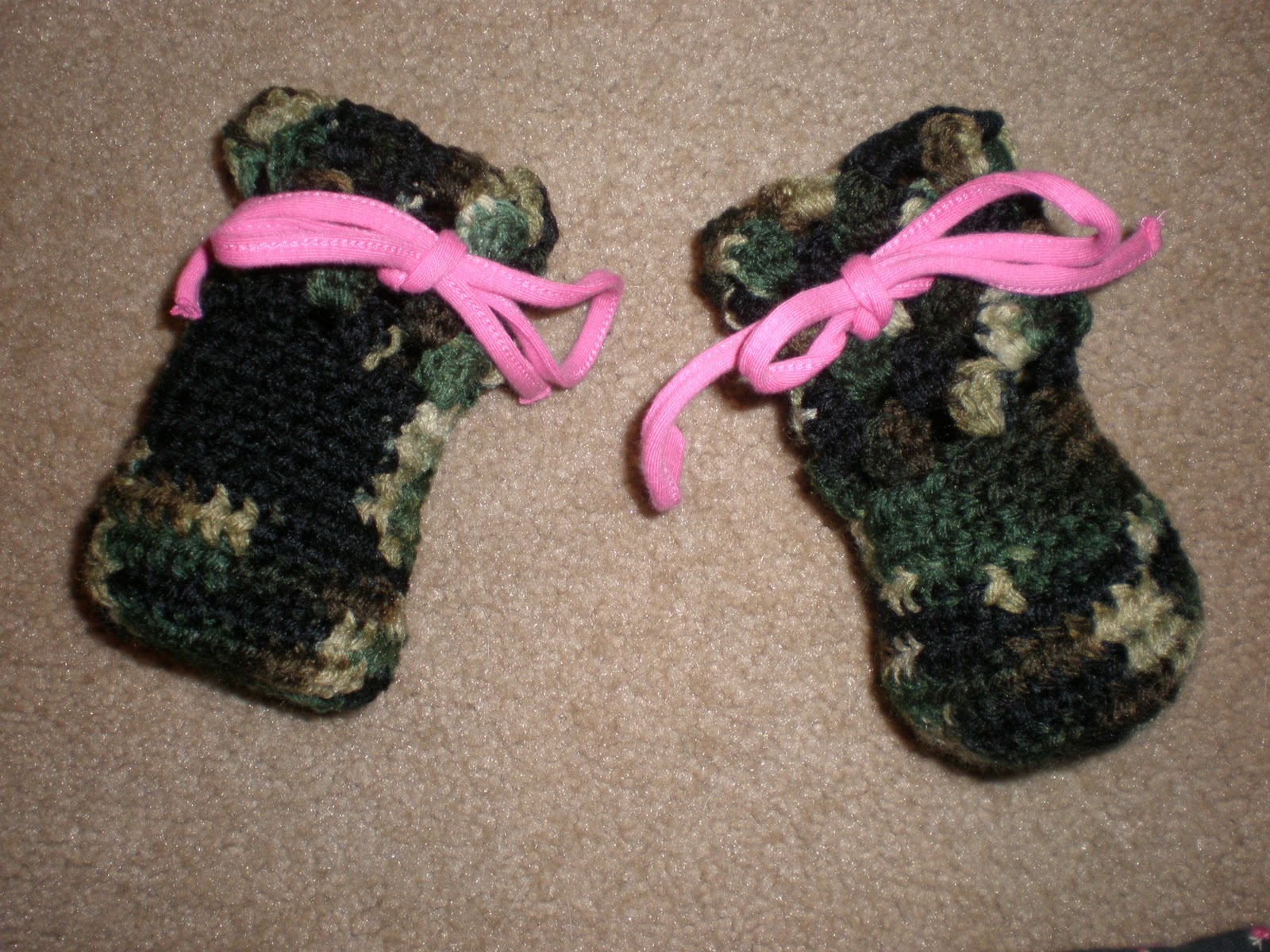 Free Crochet Pattern For Dog Shoes : Amys Crochet: Camo Dog Boots