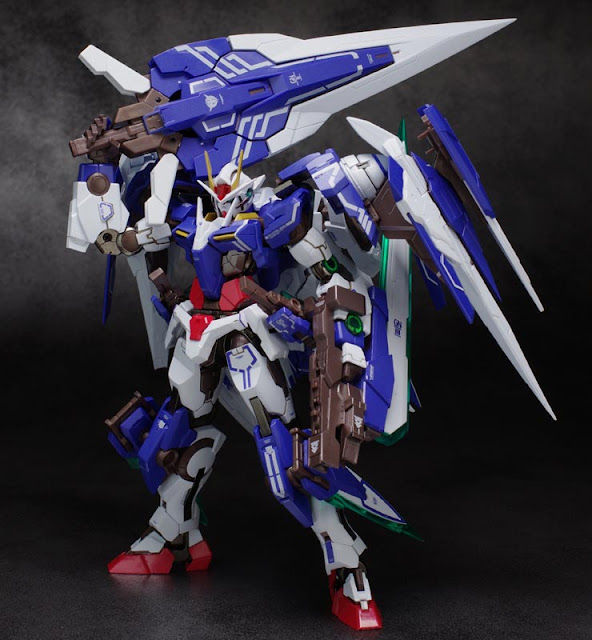 Metal Build 1/100 0 Raiser and GN Sword III