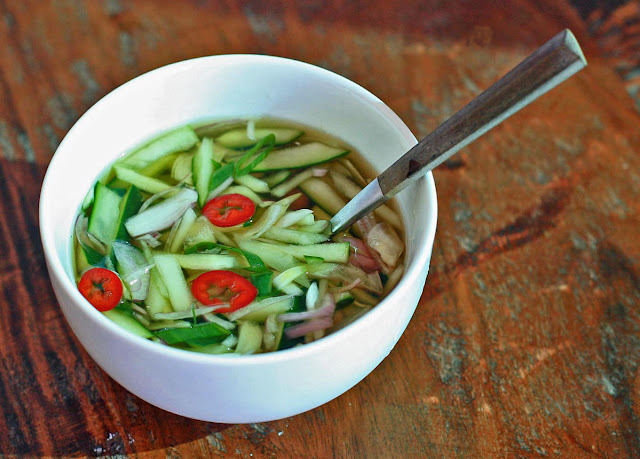 Oi Naengguk – Chilled Cucumber Soup | Girl Cooks World