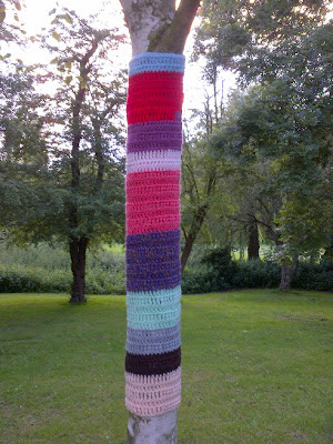 yarn bomb tree wool