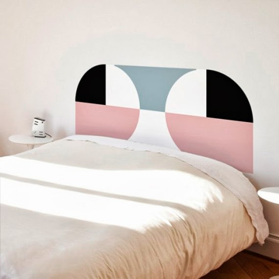grafismo na cabeça - cabeceira caseira - cabeceira de adesivo - adesivo criativo de parede