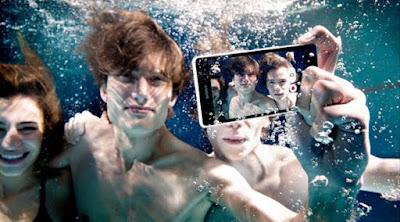 6 Trik Mengambil Foto di Bawah Air Dengan Menggunakan Smartphone