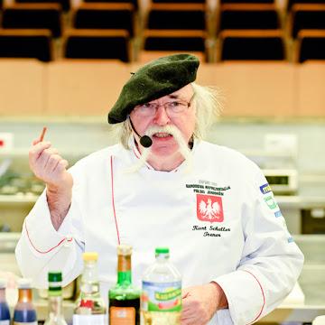 Warsztaty kulinarne w Makro - gotowanie z Kurtem Schellerem - Czytaj więcej »
