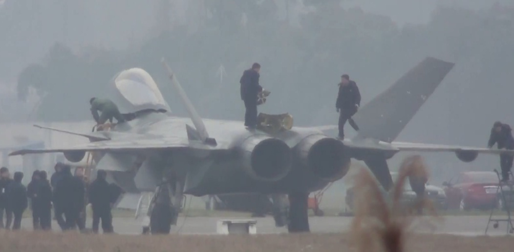chine J-20+Mighty+Dragon++Chengdu+J-20+fifth+generation+stealth,+twin-engine+fighter+aircraft+prototype+People's+Liberation+Army+Air+Force++OPERATIONAL+weapons+aam+bvr+missile+ls+pgm+gps+plaaf+(