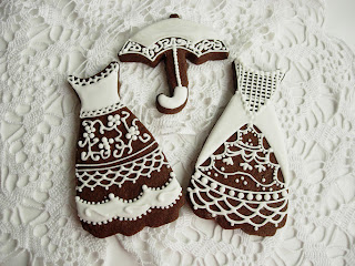 Gallega chocolate decorada Lace Embroidery