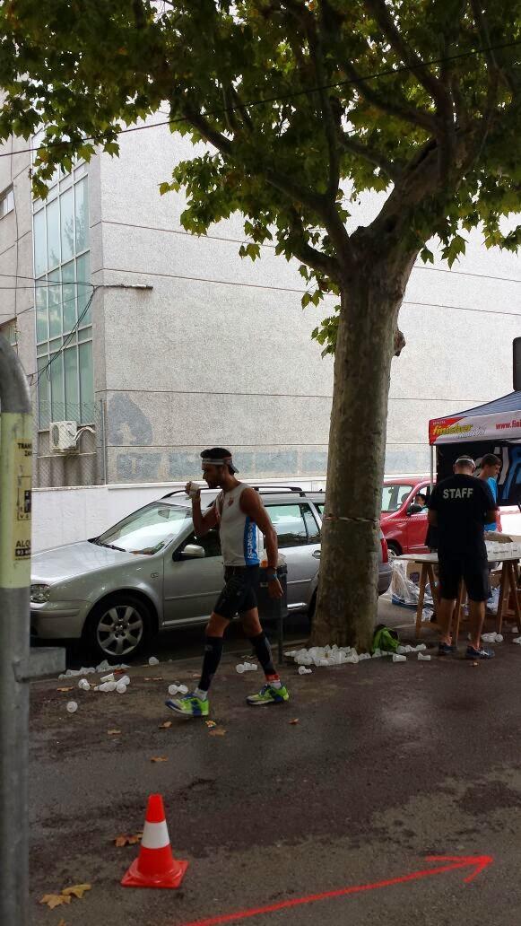 triatleta corriendo foto