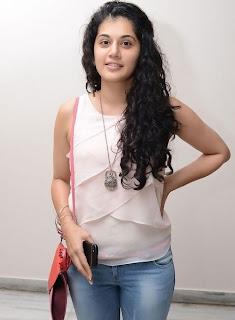 Actress Tapsee Pannu Latest Pictures 014.jpg