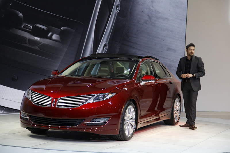 future cars a lincoln luxury coupe of mkz proportions. Black Bedroom Furniture Sets. Home Design Ideas