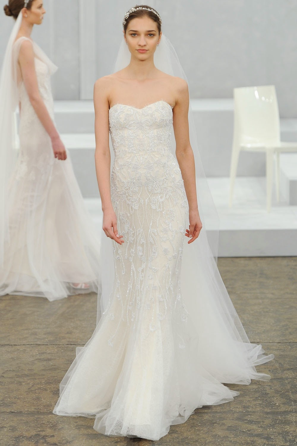 Monique lhuillier spring 2015 wedding dresses runway for Monique lhuillier wedding dress