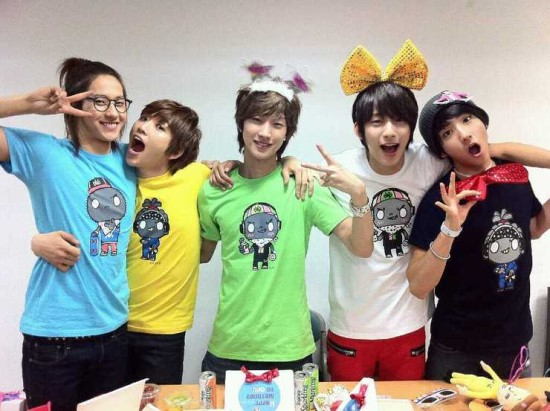 Photos] B1A4 members endorse 'Be A Toy' ~ Daily K Pop News