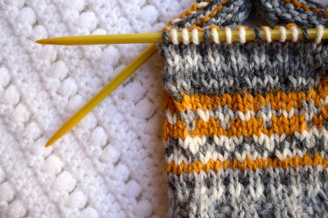 one sheepish girl: Travel Project - Knit Stirrup Socks