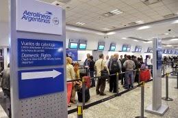 AVANZA LA CRISIS : Récord histórico en el Aeropuerto Jorge Newbery: 10 millones de pasajeros