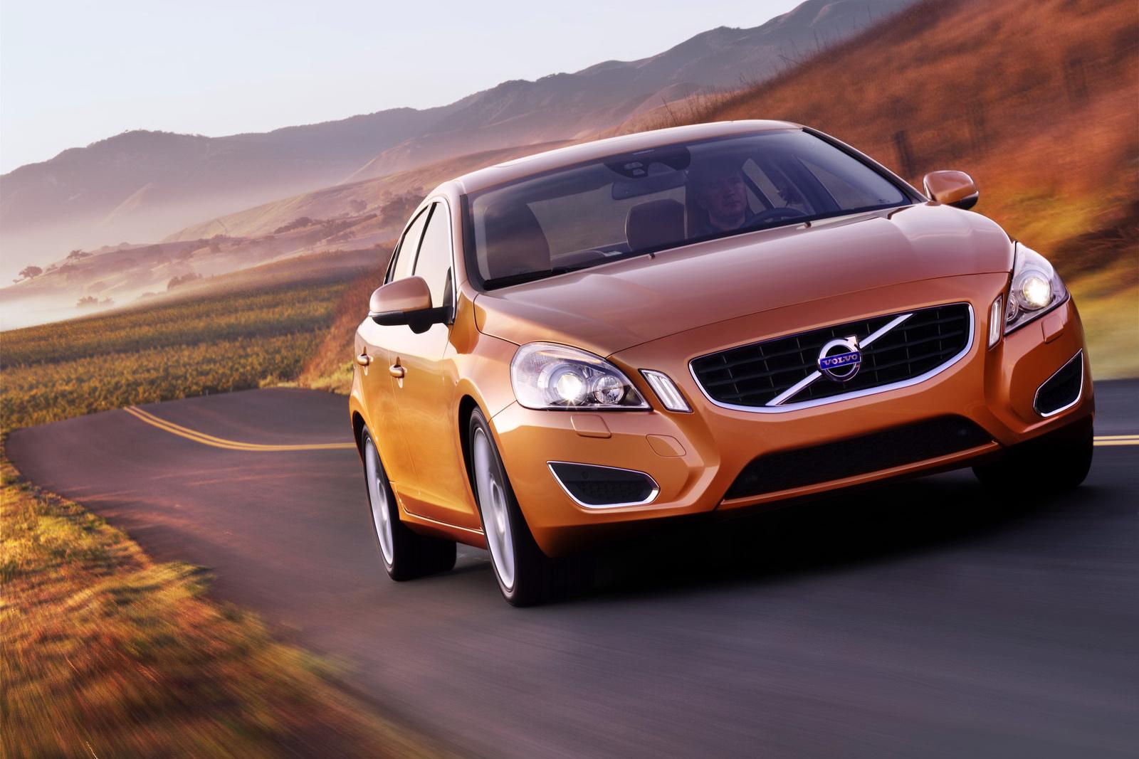 http://3.bp.blogspot.com/-USYiYShjliA/Tok6x4cMJ4I/AAAAAAAAAqo/RFEvrYyWOM8/s1600/2011+Volvo+S60+wallpaper+-+3.JPG