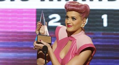 MTV обяви Кейти Пери за изпълнител на годината