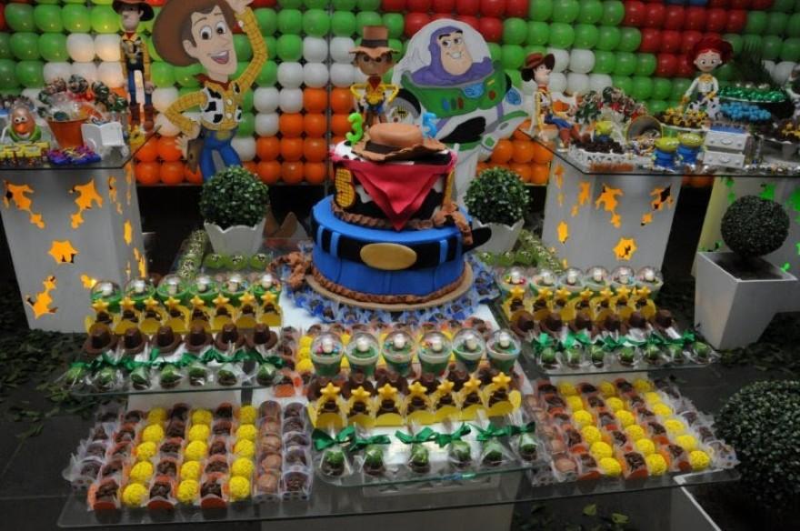 Veamos algunas ideas de decoración de fiestas infantiles de Toy Story