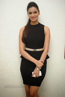 Meenakshi Dixit in Spicy Tight Short Black Gown Stunning Pics