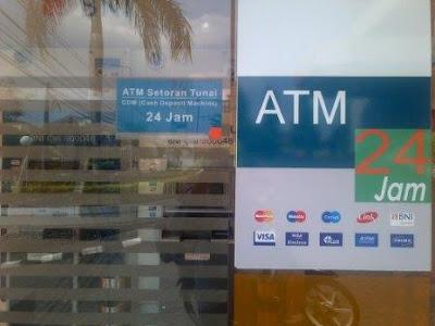 Pintu ATM BNI Setor Tunai