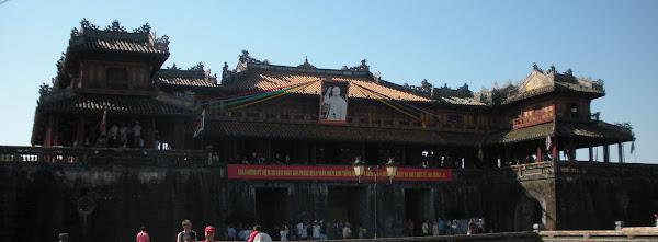 Balcon de los 5 Fenix. Ciudadela de Hue (Vietnam)