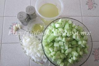 ingredientes_sopa_pepino_salud_xl