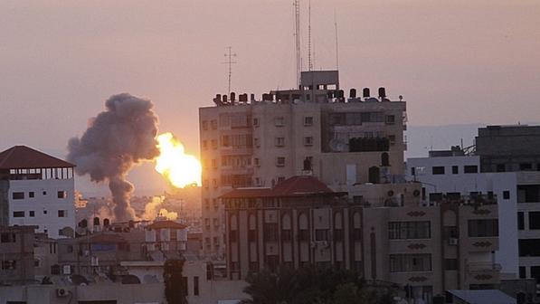 Bombardeios israelenses duraram toda a noite na Faixa de Gaza