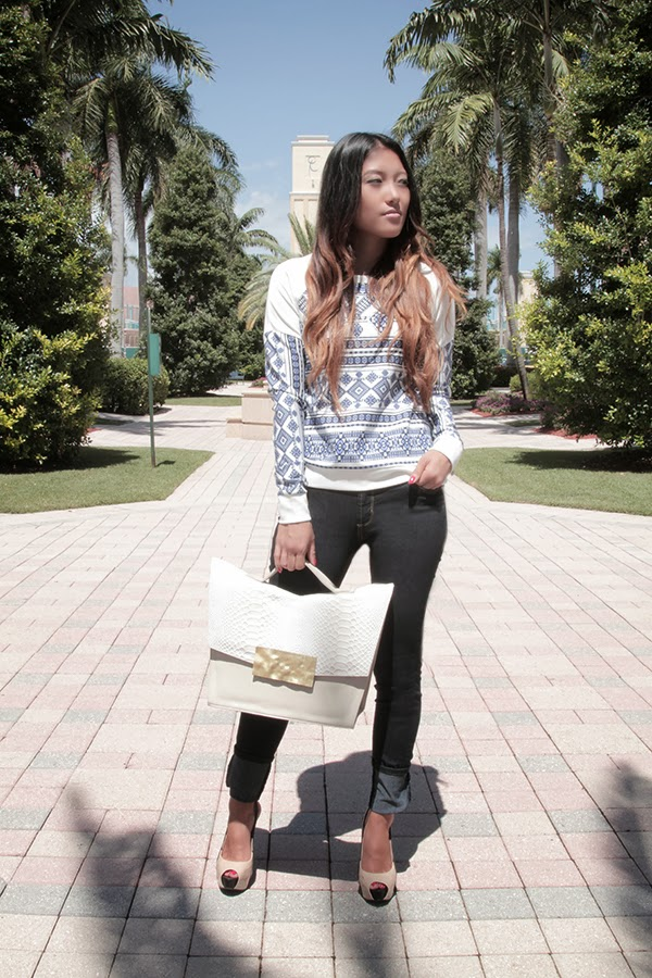 pencey sweatshirt, james jeans, bcbg shoes, dareen hakim handbag, fall fashion, outfit, what to wear, how to wear a sweatshirt, how to wear skinny jeans, slingback heels, fashion blogger, boca raton, rhythm of grace, boutique