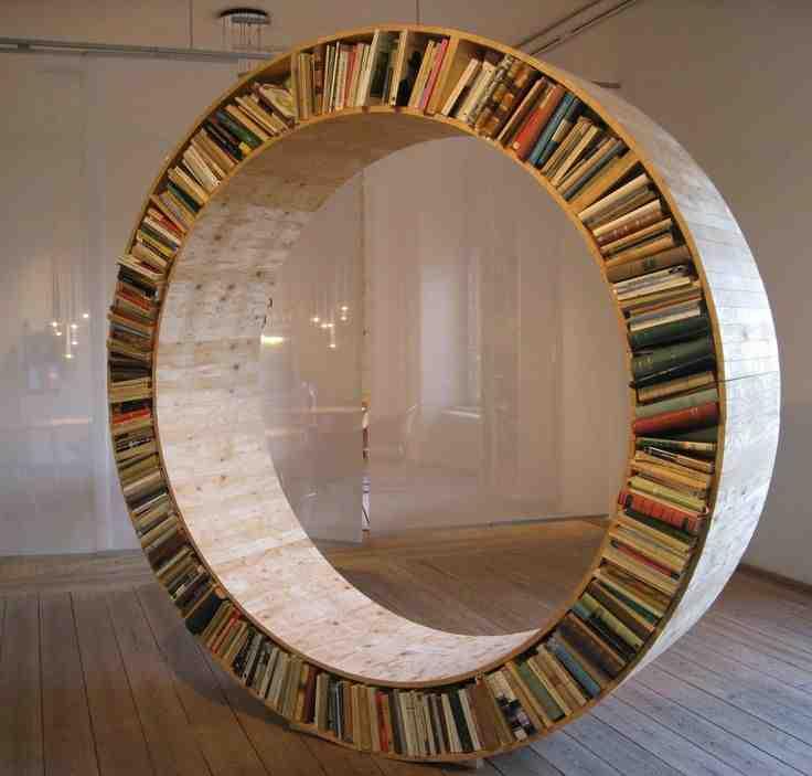 Nowoczesny mebel na książki