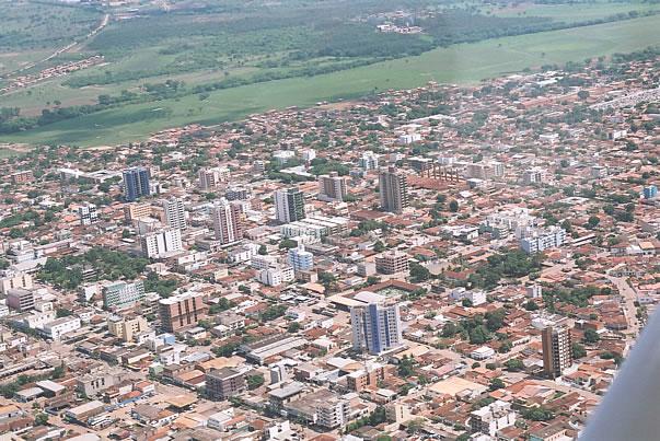 foto aérea do centro de Unaí