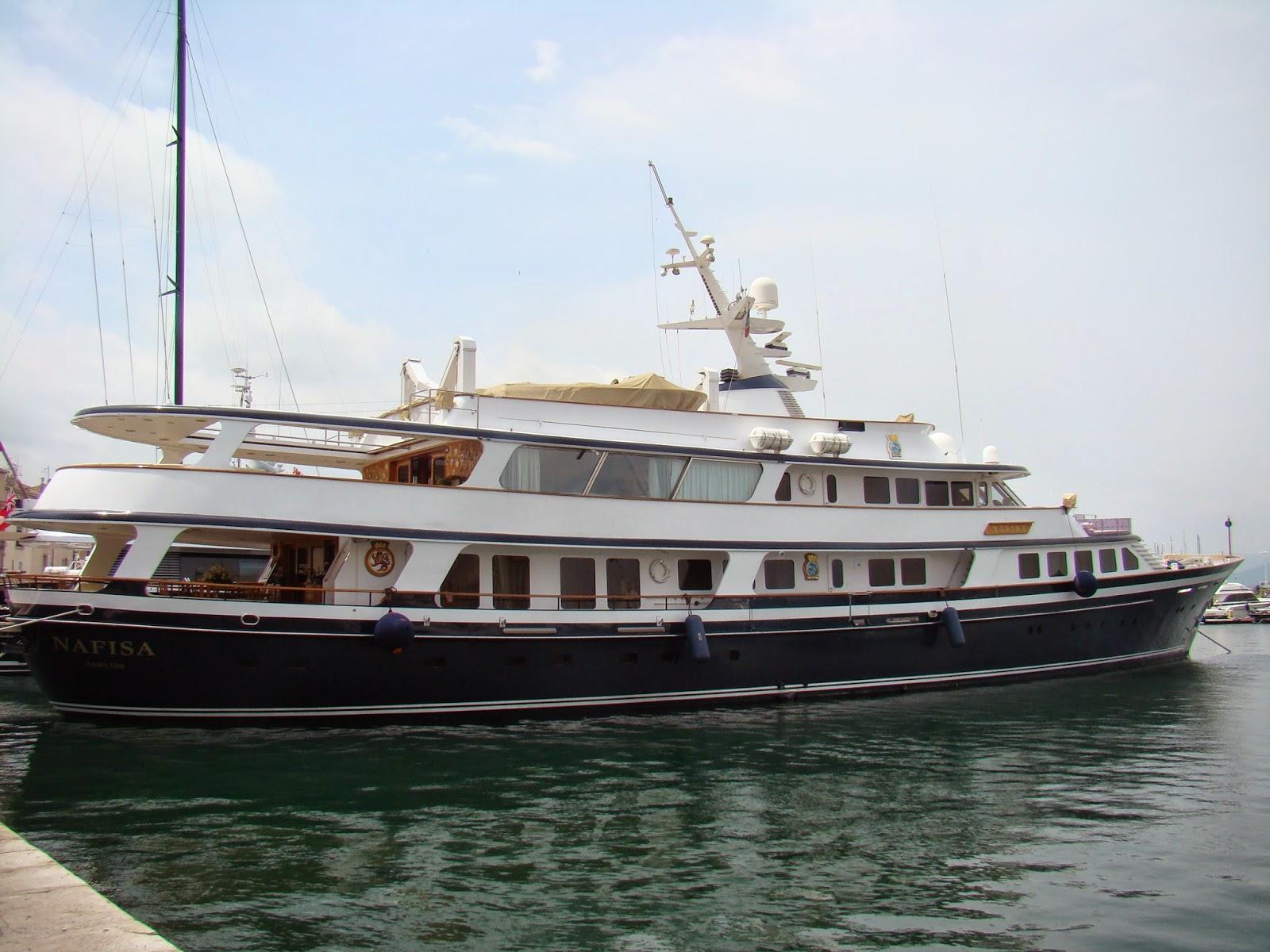 yacht Nafisa - www.superyachtfan.com