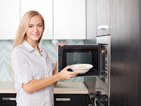 Hati-hati Microwave Bisa Picu Katarak