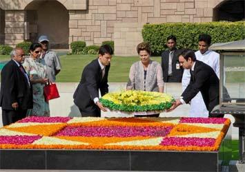 Dilma finaliza sua 1ª visita oficial à Índia no Taj Mahal