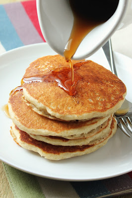 fructose-free mock maple syrup, gluten-free fluffy pancakes